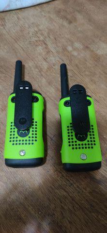 Rádio comunicador 35 km talkabout T600 BR Motorola  - Foto 2