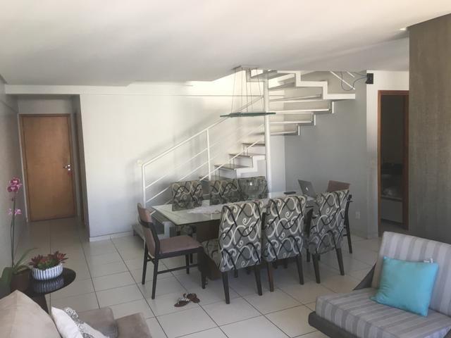 Apartamento tipo Cobertura duplex com 3/4 +DCE , nascente e bastante ventilada ( Jatiúca )