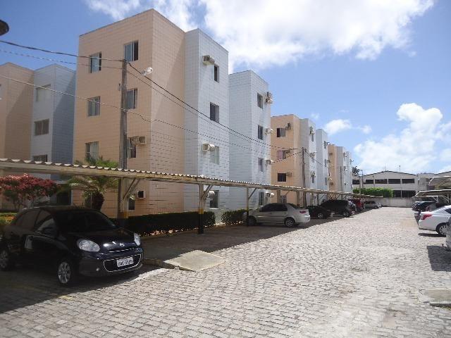 Apartamento amplo e ventilado no térreo