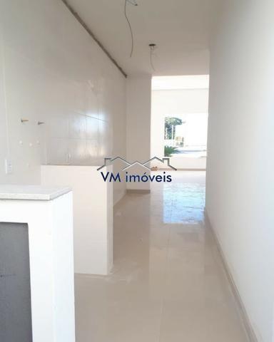 VM Imoveis vende casa pronta de 3 dorms no cond Vale dos lírios em Gravataí - Foto 3