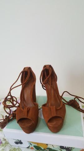 eb72cfc465 Sandália Anabela Schutz n 35 - Roupas e calçados - Vila Augusta ...