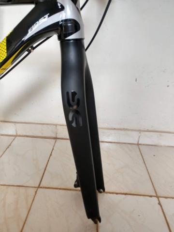 Quadro MTB First + cockpit de carbono - Foto 6