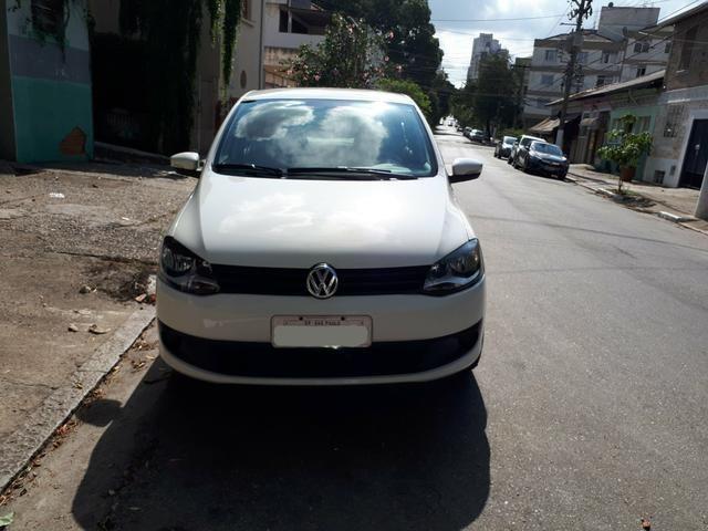 Volkswagen Fox 1.0 (Flex) 4p - 2013 - Foto 7