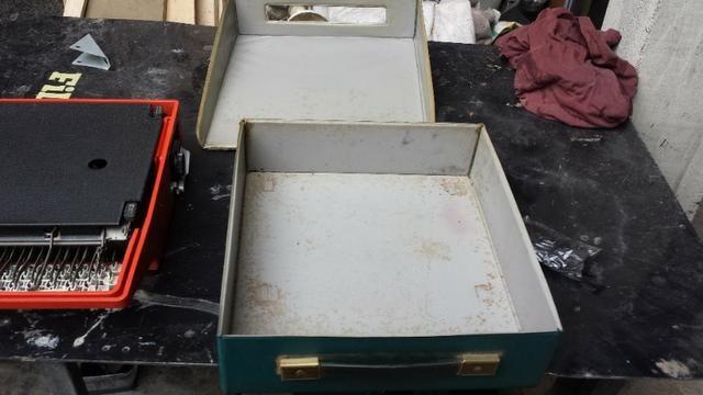 Máquina De Escrever Olivetti Dora Antiga - Foto 3