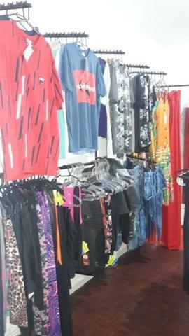 Vendo várias peças de roupas 280 e 50 assessorios - Foto 6