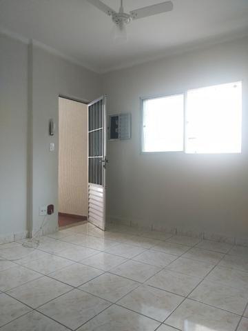 Apartamento 02 dormitorios-01 vg de garagem demarcada-Forte/PG - Foto 4