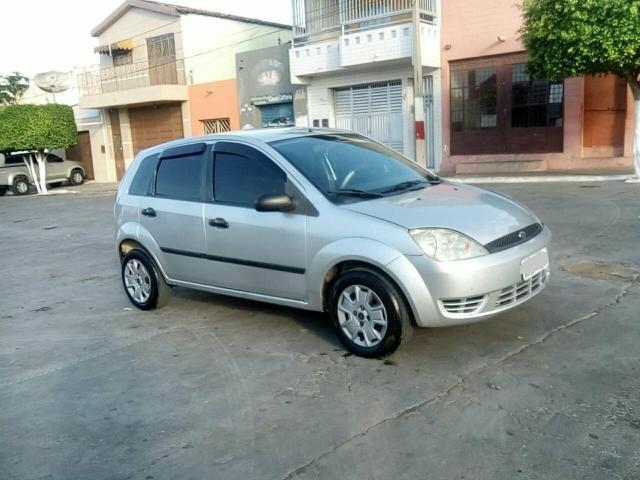 Fiesta 1.0 Zetec Rocam 8 válvulas