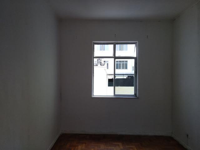 Vista Alegre Cobertura sala 02Qts garagem - Foto 3