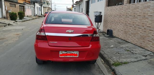 Prisma 2012 vermelho - Foto 2