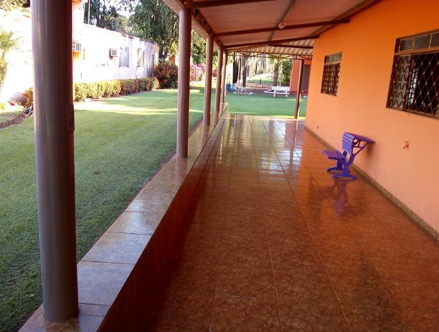 Rancho em Indiaporã 6050m², de fundos com o Rio Grande com casa sede, casa de caseiro, - Foto 3