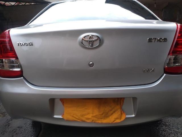 Etios Sedan 1.5x 2015 - Foto 2