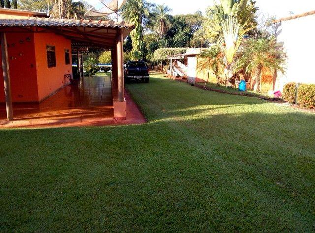 Rancho em Indiaporã 6050m², de fundos com o Rio Grande com casa sede, casa de caseiro, - Foto 6