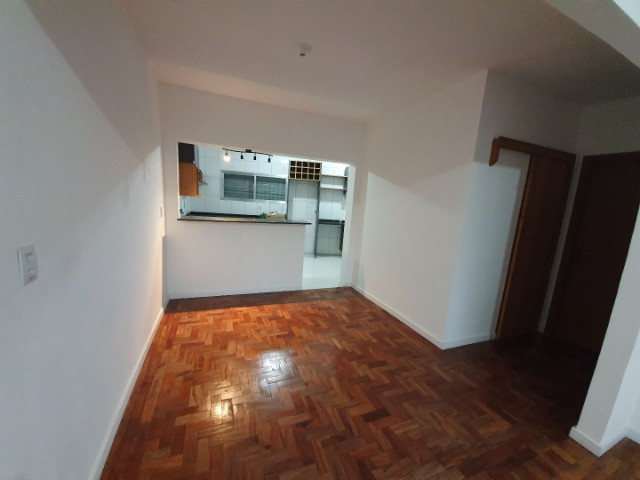 Casa com 2 apartamentos de 90m2 cada mobiliado + espaço comercial.  - Foto 6