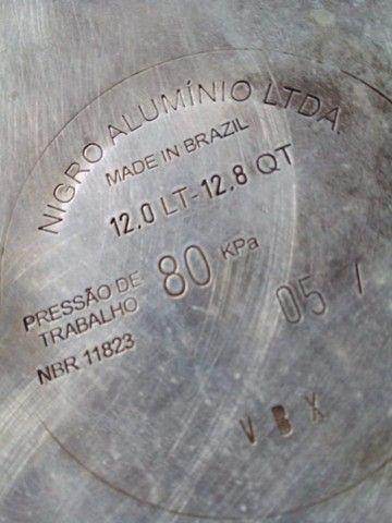 Vendo panela de pressão 12 litros - Foto 3