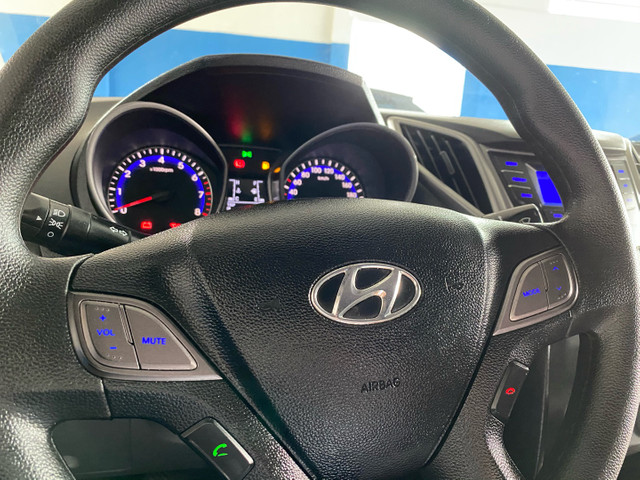 Hyundai  HB20 SEDAN 1.0 12V 2015 único dono placa i - Foto 5