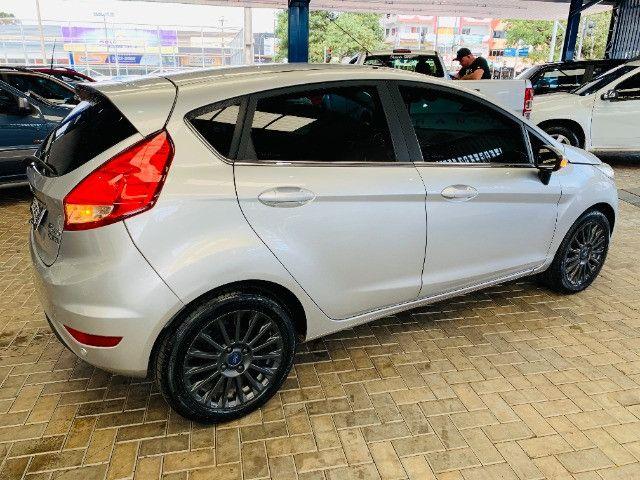Ford / New Fiesta Titanium Hatch 1.6 Flex (Automático + Couro) - Foto 2