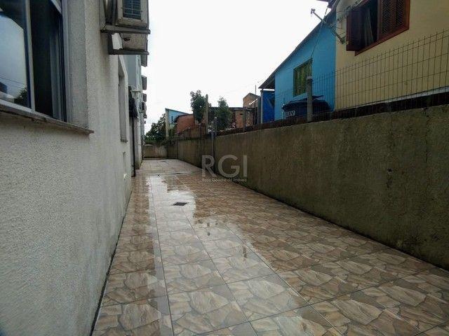 Apartamento térreo  com pátio 2 dormitórios no condomínio Reserva da Figueira no bairro Lo - Foto 15