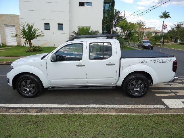 Nissan Frontier Attack 4x2 Diesel Todas Revisões Carimbadas