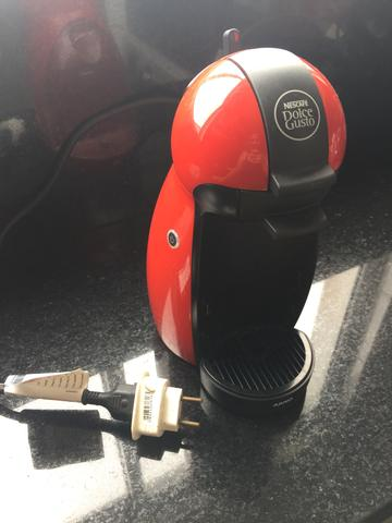 Cafeteira dolce gusto arno