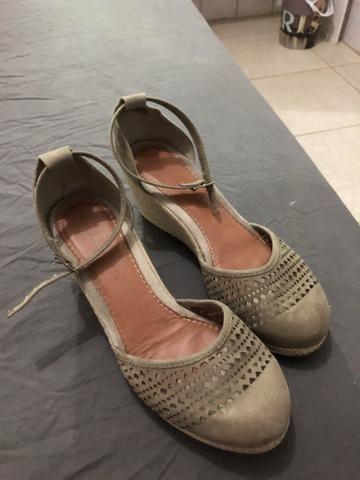 753a542cf1 Sandalia anabele número 33 - Roupas e calçados - Areinha