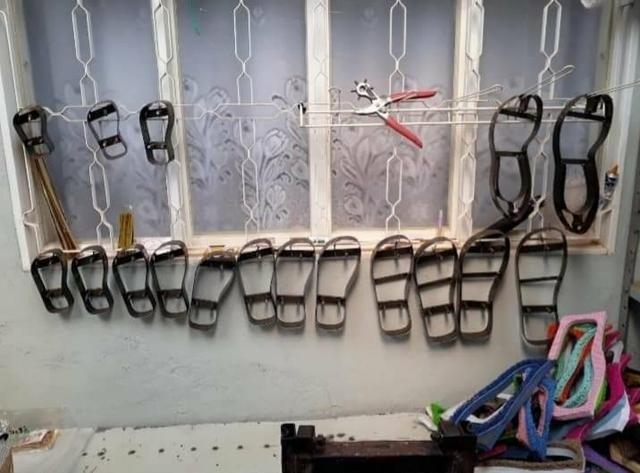 60e2794c2 Mini fábrica de chinelos (400 reais tudo) - Serviços - Jardim ...