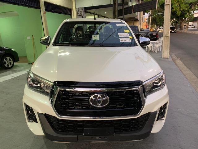 Toyota Hilux SRX 2.8 Branco Perola 2020 0KM - Foto 2