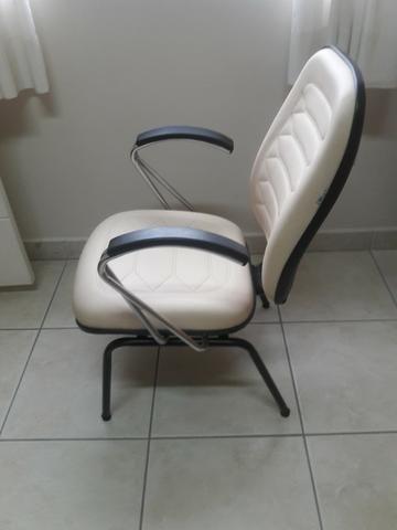Cadeiras escritório / diretor fixas - Foto 2
