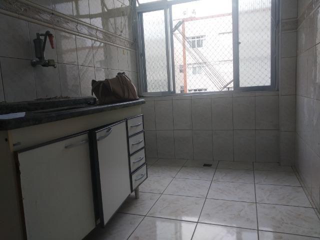 Apartamento 02 dormitorios-01 vg de garagem demarcada-Forte/PG - Foto 9