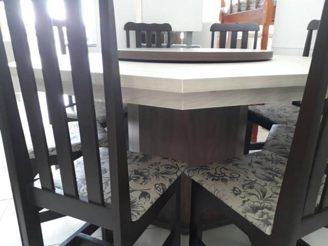 Mesa com 8 cadeiras - novo de fabrica - Foto 2