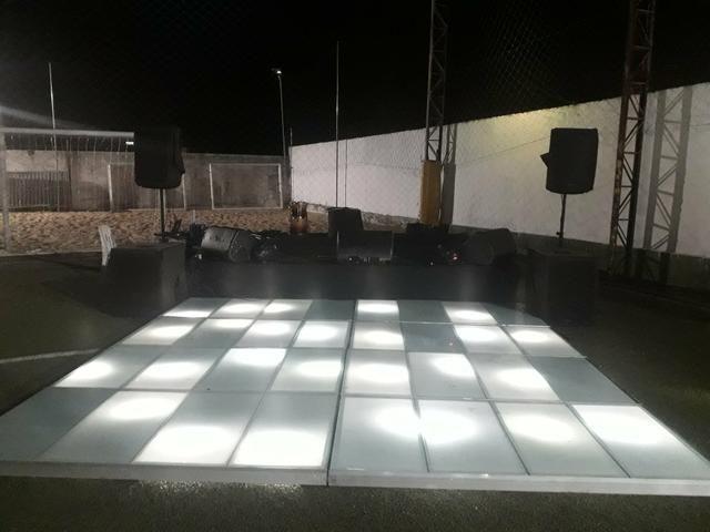 Aluguel de som ,palco ,tablado de vidro, iluminação e gride