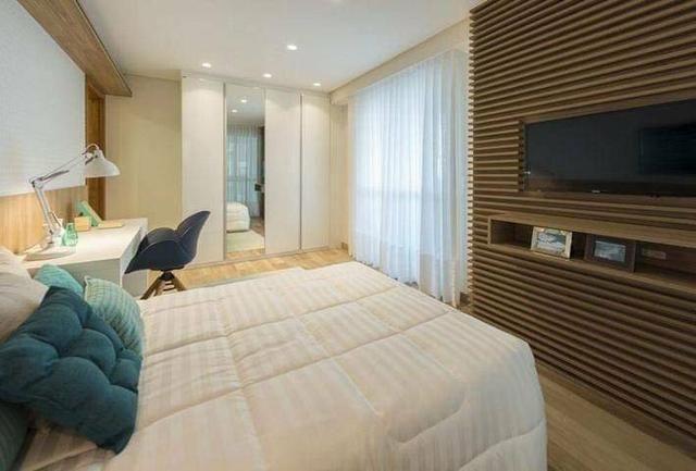 Belíssimo 4 quartos frente mar de Itapuã - Foto 12