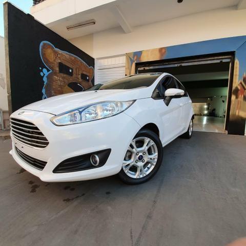 Ford Fiesta Hatch 1.6 SE 2013/2014 - Foto 4