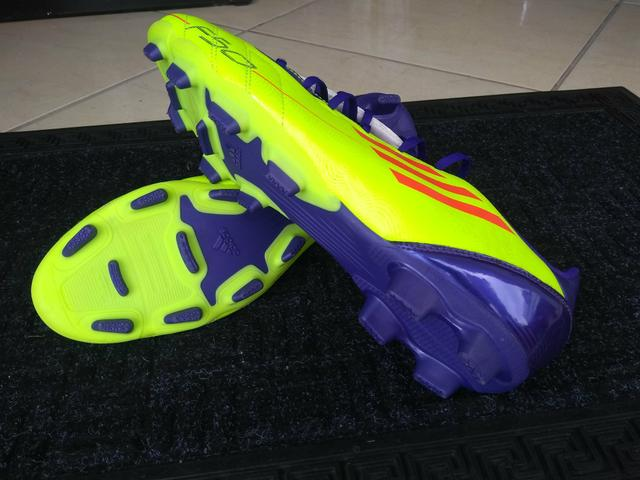 11a6c8a39d Preço baixou!! Chuteira Adidas Adizero F50 tamanho 42 - Esportes e ...