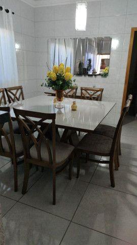 Mesa com 8 lugares e aparador - Foto 2