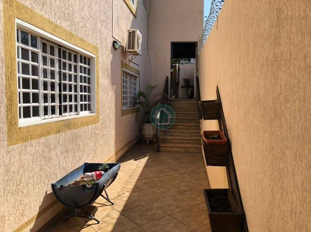 Belíssimo sobrado em uma localização privilegiada no bairro Monte Castelo - Foto 20