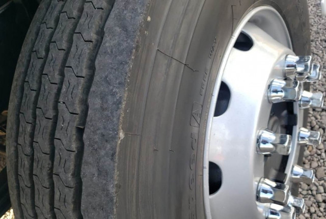 Mercedes Benz Atego 2429 - Bitruck Câmara fria 16 paletes - Foto 15
