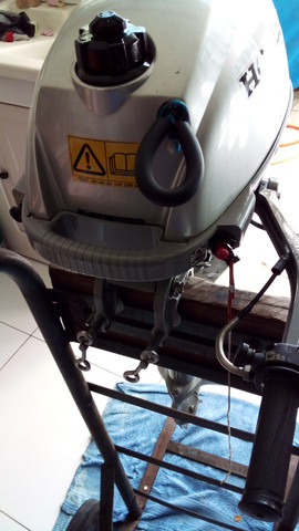 Motor de popa  honda  3.3  hp  - Foto 4