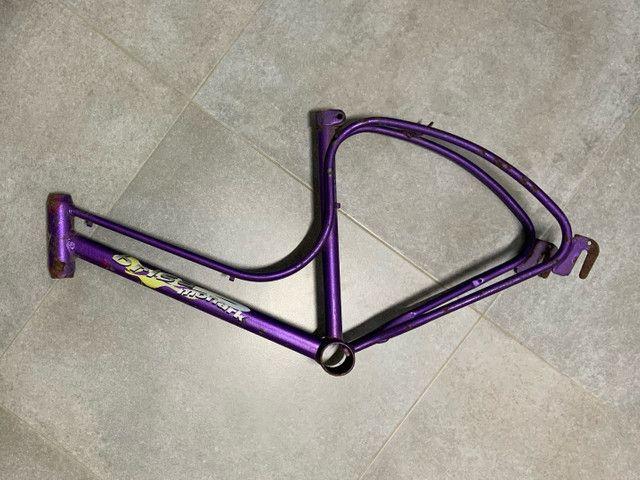 BAIXOU! Quadro de bicicleta infantil - original Monark Brisa - aro 16