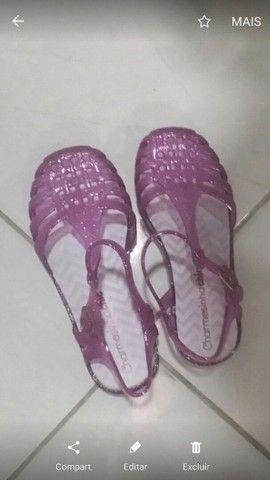 30$ linda sandalia charmosinha chic T. 27/28 - Foto 2