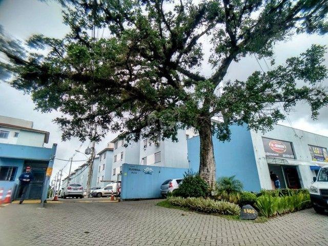 Apartamento térreo  com pátio 2 dormitórios no condomínio Reserva da Figueira no bairro Lo