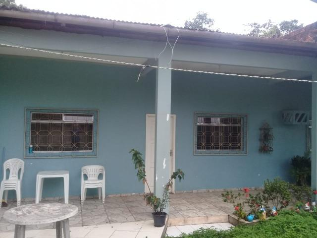 Casa tipo chácara no bairro Goiabal