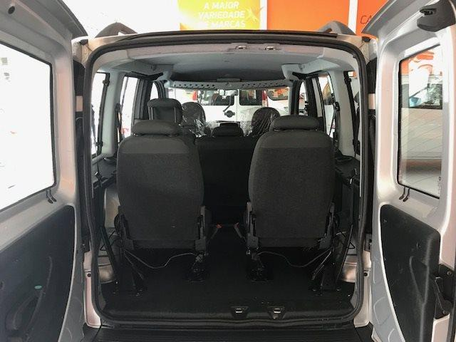 FIAT DOBLÒ 2018/2018 1.8 MPI ESSENCE 7L 16V FLEX 4P MANUAL - Foto 6
