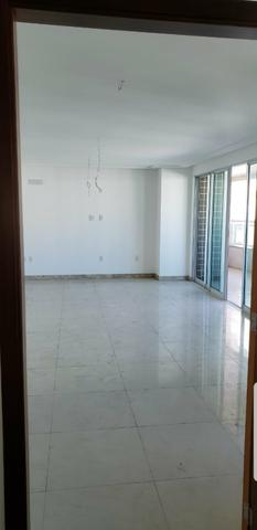 Apartamento com 237m², Meireles, 4 Suítes, 4 vagas - Foto 8