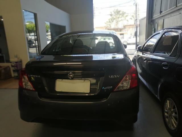 Nissan versa 1.6 Aut cvt - Foto 2