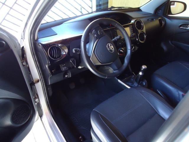 Toyota Etios Platinum Sed - Foto 9