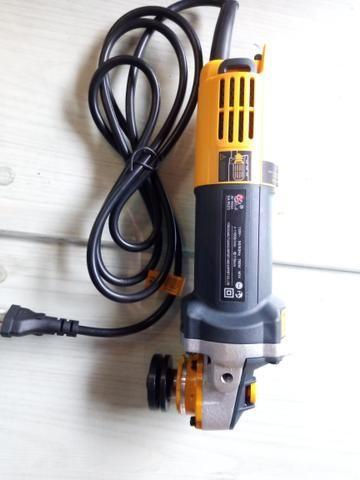 Esmerilhadeira sa tools 110v 115mm - Foto 2