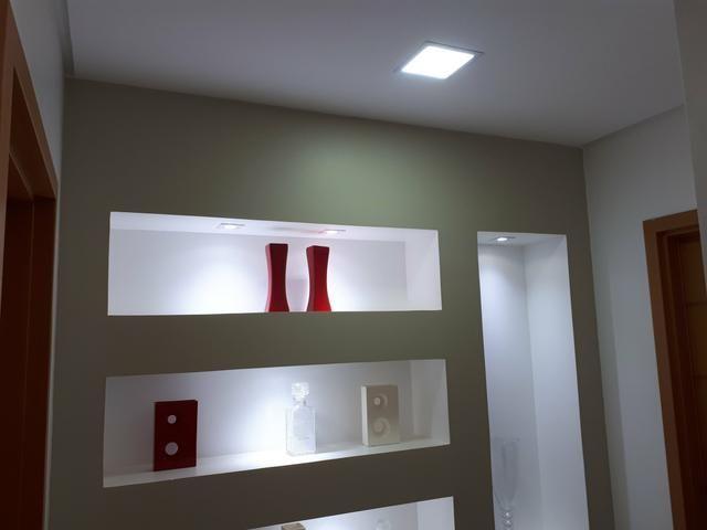 Casa moderna Vicente Pires platibanda lazer completo armários pé direito duplo IPTU - Foto 3