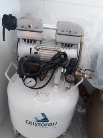 06ae9adbe03 Compressor de ar Cristofoli usado - Outros itens para agro e ...