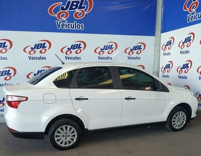 Fiat Grand Siena Evo Attractive 1.0 (Flex) - Foto 5