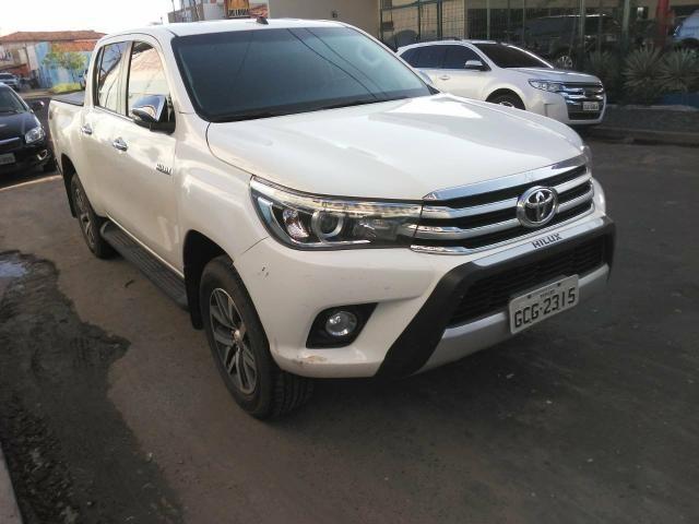 Toyota Hilux 17/17 SRX 2.8 4x4 - Foto 2